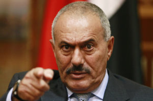 Yemen's President Ali Abdullah Saleh points during an interview with selected media, including Reuters, in Sanaa in this May 25, 2011 file photo. Saleh said on November 14, 2011 he was ready to step down within 90 days of reaching a deal on a formal process for implementing a Gulf initiative aimed at ending the nine-month-old crisis in his country. To match interview YEMEN-SALEH/ REUTERS/Khaled Abdullah (YEMEN - Tags: POLITICS CIVIL UNREST)